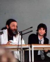 Alan Morre y Neil Gaiman a mediados de los 80.
