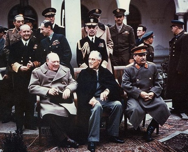 Crying Grumpies - Churchill - Boardgame - WWII Conference - Stalin - Roosvelt - Mark Herman - Big Three Struggle for peace- GMT -